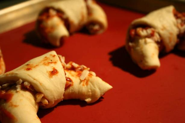 Pizza Crescents