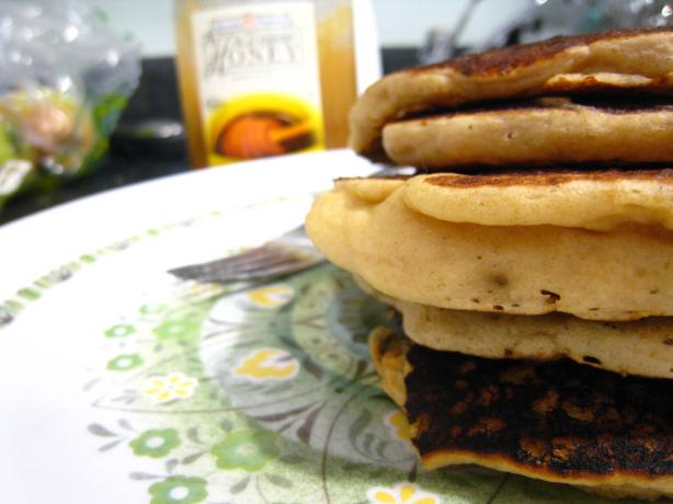 Alton Brown's Fluffy Whole Wheat Pancakes
