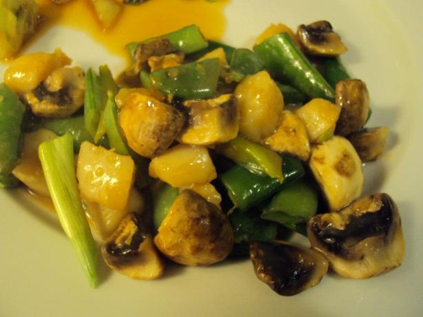 Stir Fried Scallops and Snow Peas