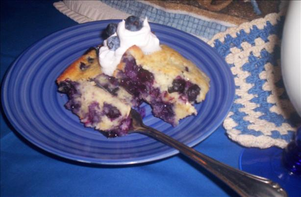 Blueberry-Sour Cream Coffeecake