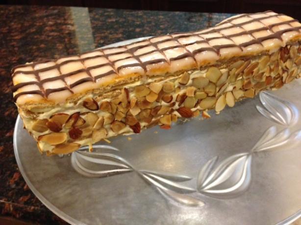 Esterhazy Torte/Esterhazyschnitten/Almond Meringue Slices