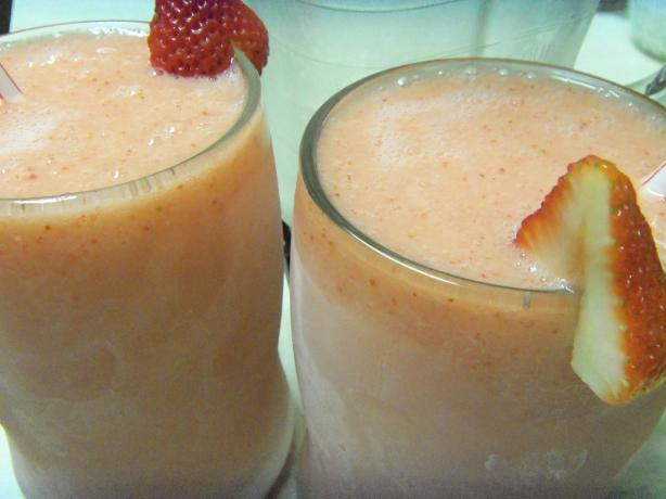 Strawberry Banana Colada