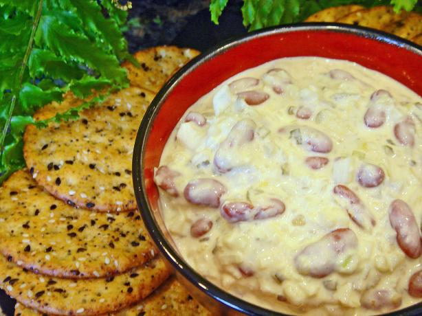 Linda's Kidney Bean Dip With Crackers