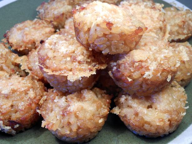 Caramelised Onion and Mozzarella Rice Cakes