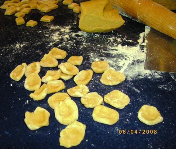 Homemade Pasta (Fettuccine)