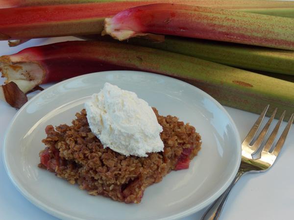 Spicy Rhubarb Crisp