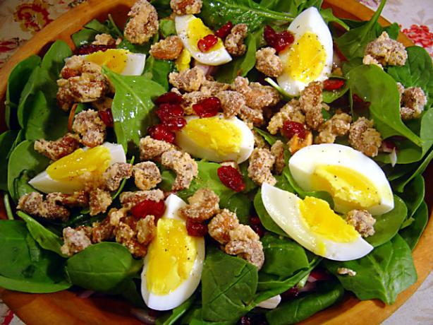 Spinach Salad With Candied Cashews