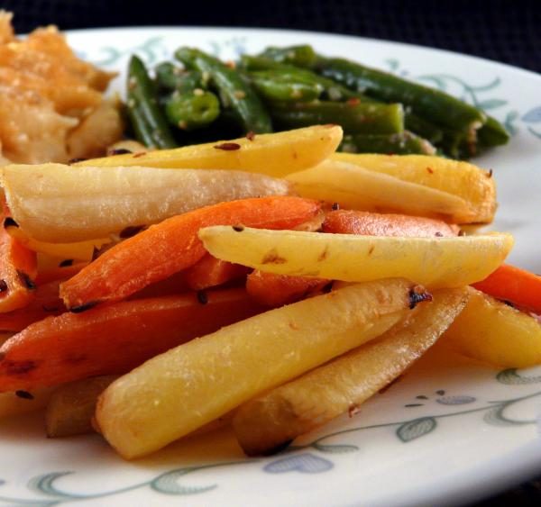 Roasted Spring Carrots With Cumin and Lime
