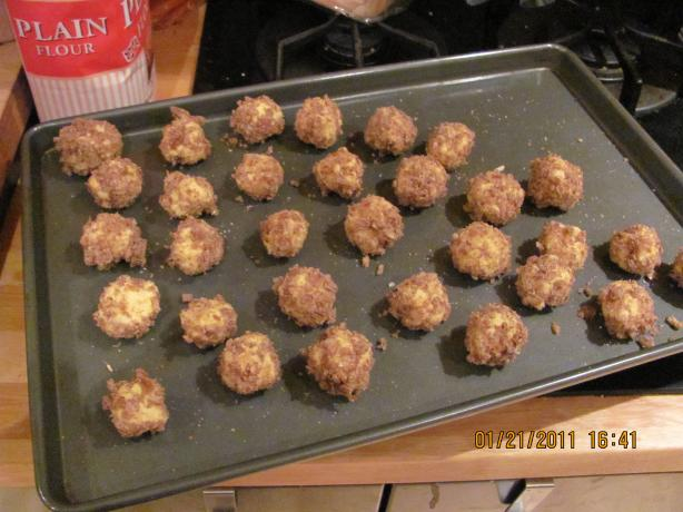 """Kaastruffels """"Cheese Truffles"""""""