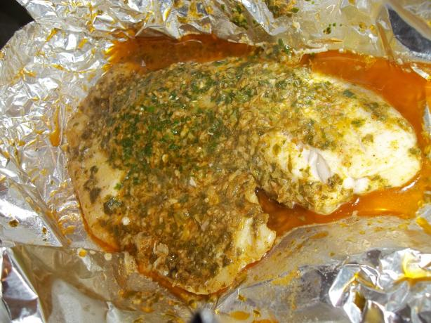 Tilapia Pockets With Cilantro-Lemongrass Mojo