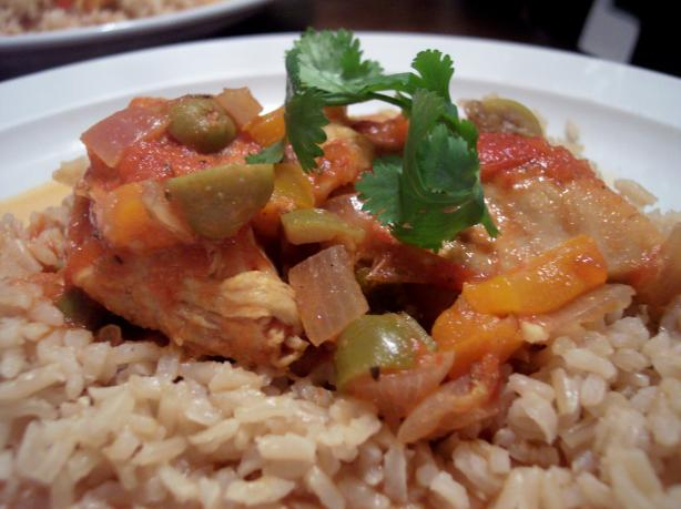Dominican Pollo Guisado / Stewed Chicken