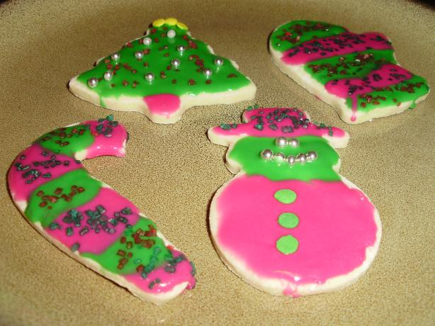 Low-Fat Holiday Sugar Cookies With Icing That Hardens