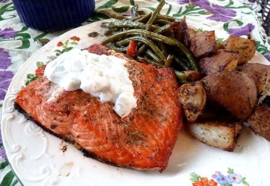 Greek Salmon With Tzatziki Sauce