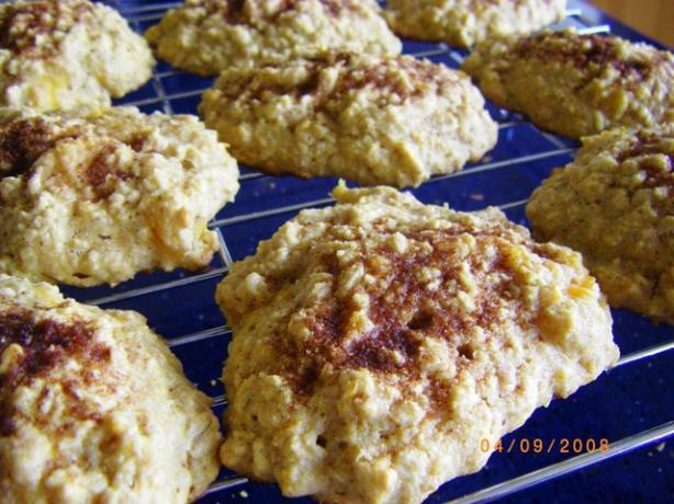 Peach Oatmeal Cookies