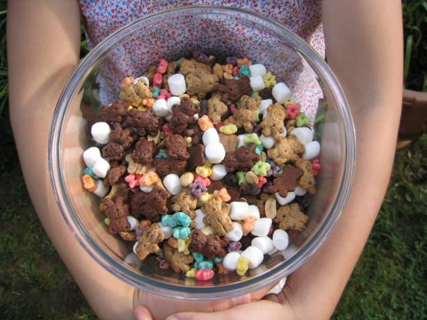 Teddy Bear Snack Mix