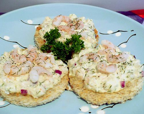Shrimp and Dill Canapes