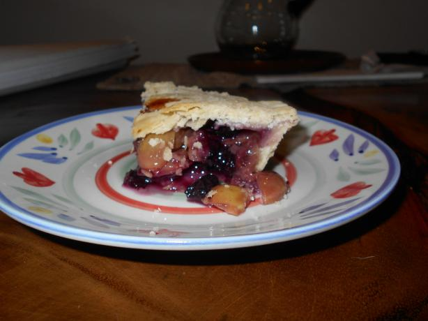 Green Grape & Blueberry Pie