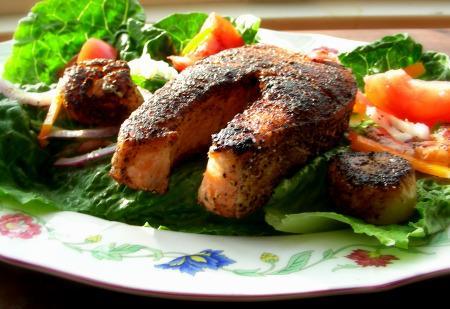 Neptune's Seafood Chef Salad