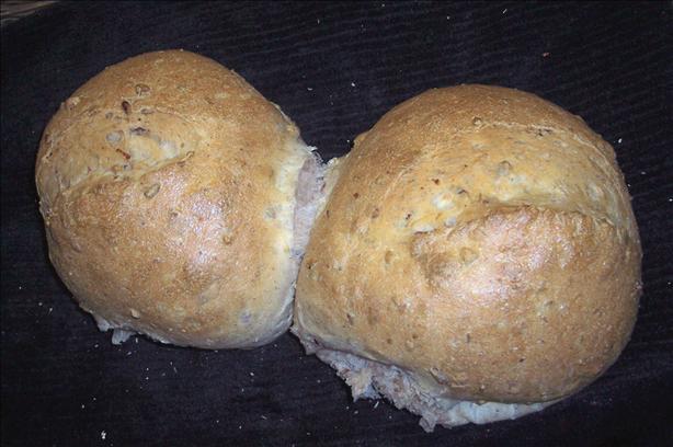 Pecan & Red Onion Bread (for bread machine)