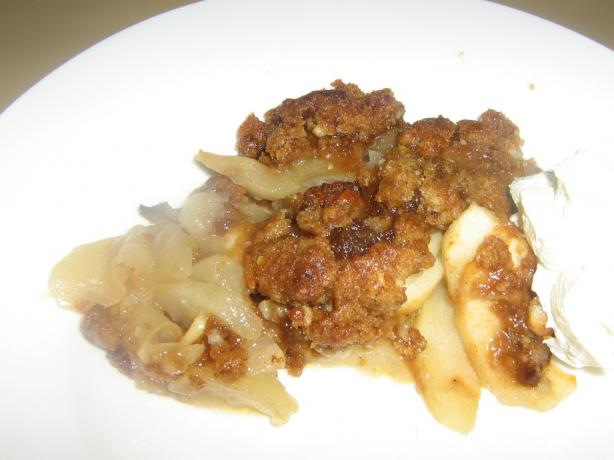 Apple Crisp With Macadamia Nuts