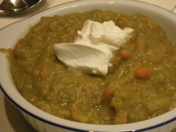 Mom's Southern Style Split Pea Soup