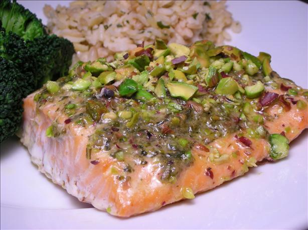 Salmon Fillets With Pesto and Pistachios
