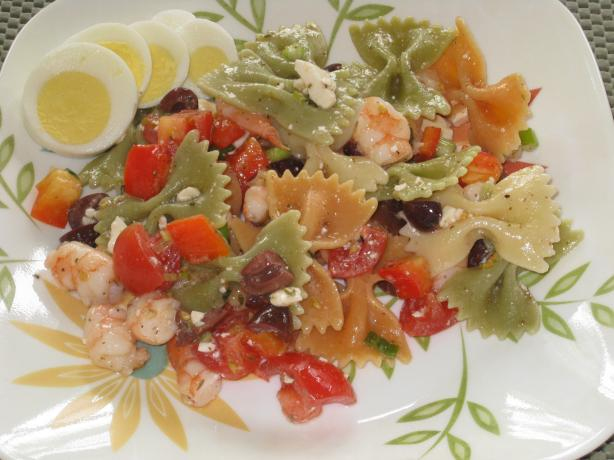 Greek Pasta Salad with Shrimp & Olives