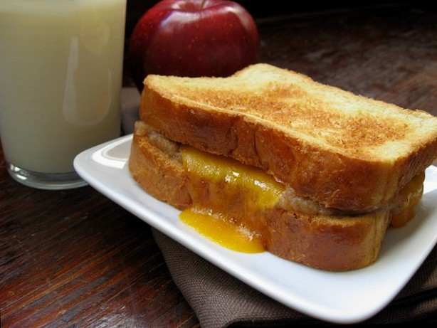 Grilled Cheddar and Apple Butter Sandwich