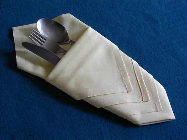 Serviette/Napkin Folding, Diamond Pouch Make in Advance