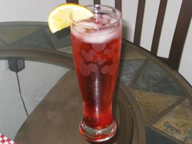 Pink Gin Spritzer