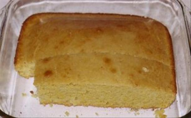 Marie Callender's Famous Golden Cornbread (copycat!) and Honey B