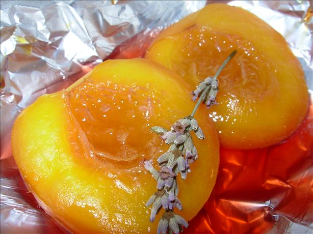 Nectarines, Honey and Vanilla Baked in Parcels - France