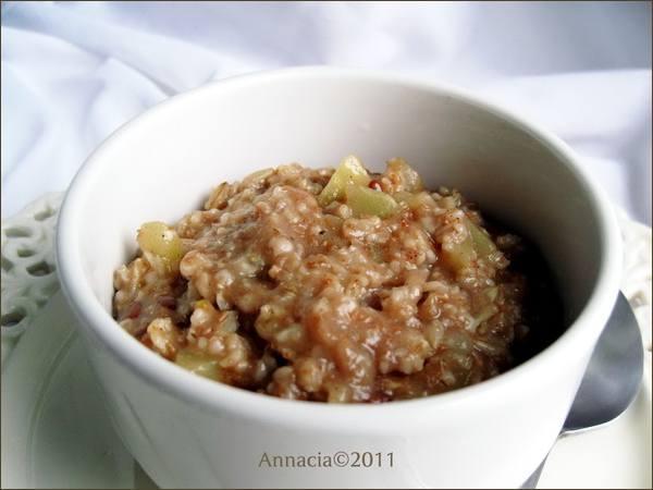 Apple and Spice Porridge