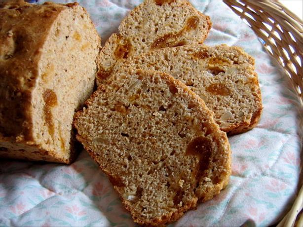 Slovenian Almond-Apricot Bread