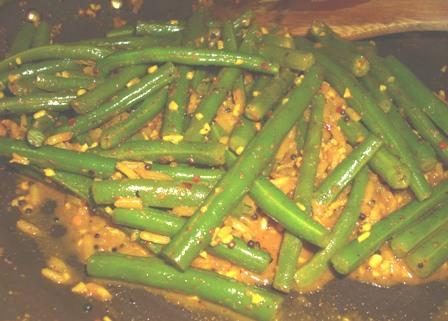 Achingya Thoren (Kerala Style Green Bean Curry)