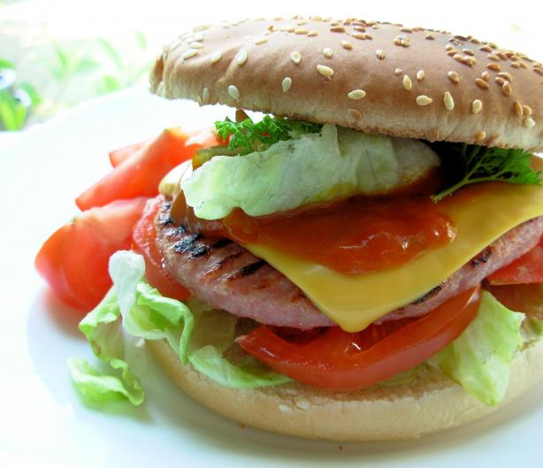 Bondi-Type Chicken Burger