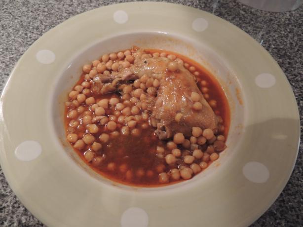 Chtit'ha Djedj (Algerian Chicken in Sauce)