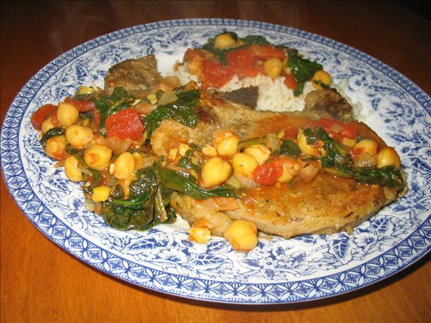 Spice-Rubbed Pork Chops With Chickpea Simmer