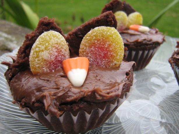 Twit Twooo, Hooting Halloween Owls - Halloween Cupcakes/Muffins