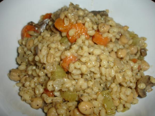 Chickpea and Vegetable Barley Bake