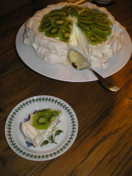 Lemon Kiwi Pavlova