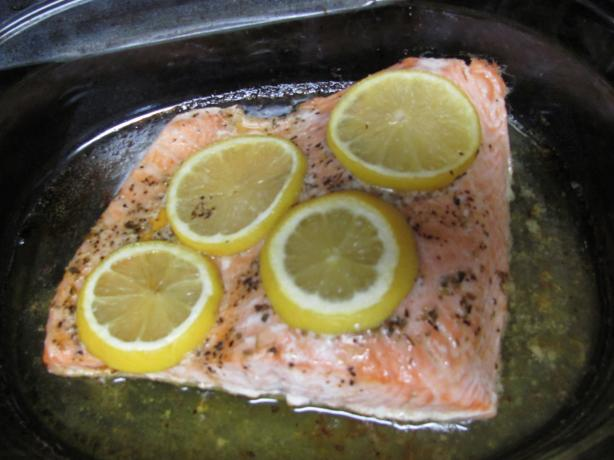 Baked Lemon-Butter Salmon
