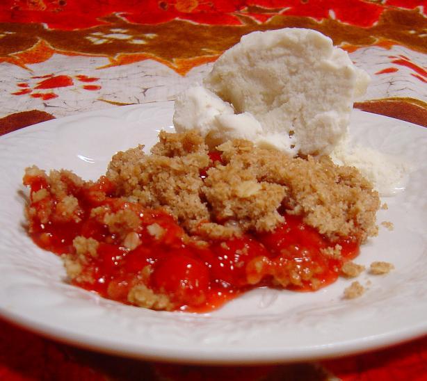 Easy Cherry Pie Filling Crisp