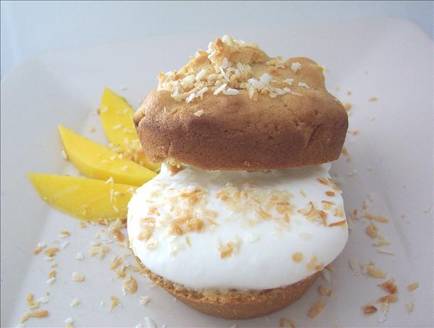 Mini Mango Cakes