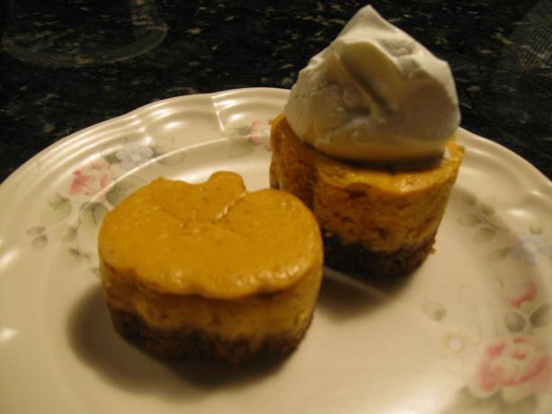 pumpkin tart with gingersnap crust