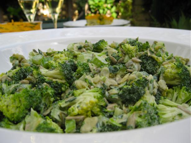 Raw Vegan Broccoli Salad