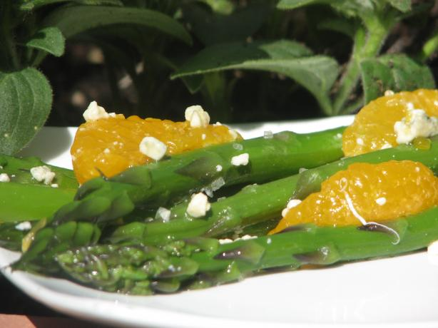Blue Cheese & Asparagus Salad