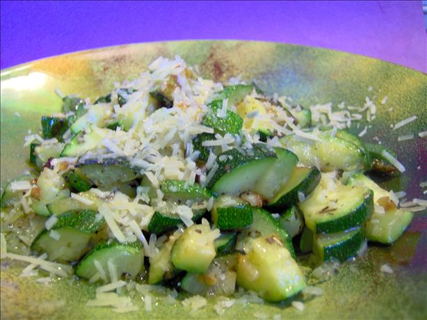 Easy Stir-Fried Zucchini and Garlic