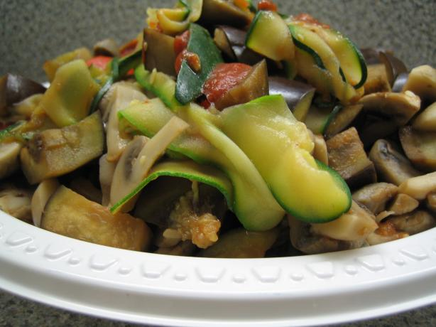 Zucchini Pasta With Mushrooms, Eggplant and Roasted Peppers