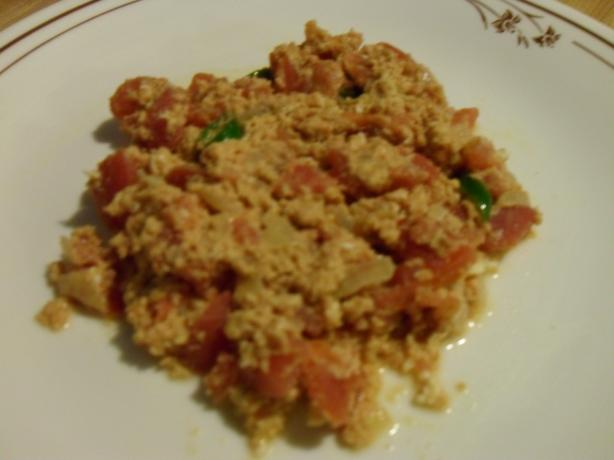 Menemen (Spicy Turkish Scrambled Eggs)